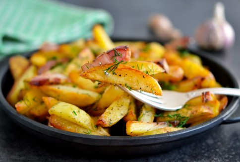 Roasted potatoes with fresh herbs